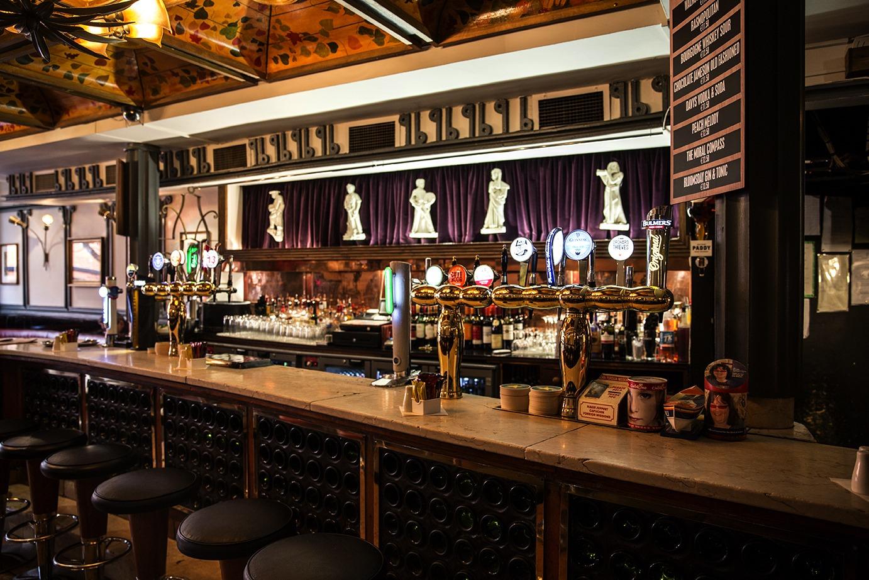 deco pub irlandais 28 images deco pub irlandais d 233. Black Bedroom Furniture Sets. Home Design Ideas